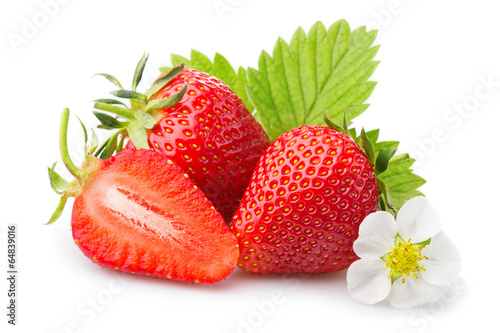 Fotobehang Vruchten Strawberries with leaves and blossom. Isolated on a white