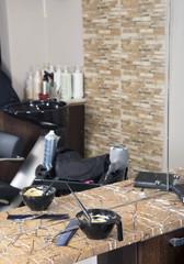 Hair dyeing accessories (bowl, brush, hairbrush)