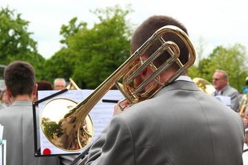 Musikkapelle spielt auf
