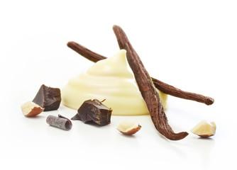 Vanilla pods and cream isolated