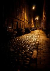 Фонари ночной улочки Львова