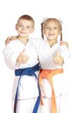 In karategi athletes show thumb super