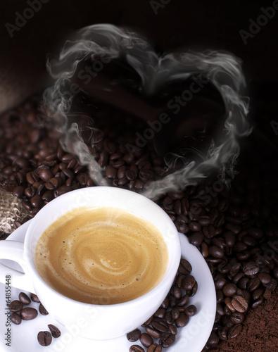 Kaffeetasse mit Rauchherz