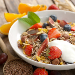 Cereal with fresh fruits