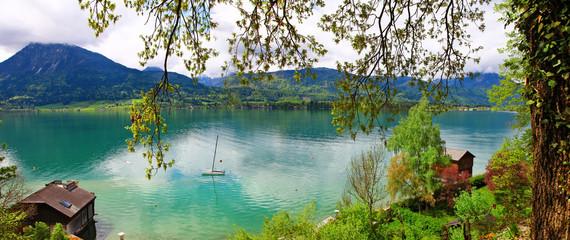 pictorial Alpine lakes