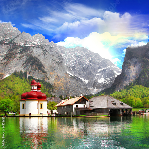 Obraz na płótnie alpejskie krajobrazy - Crystal Lake Koenigsee z małym...