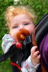 Baby Huckepack