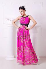 яркое, длинное платье