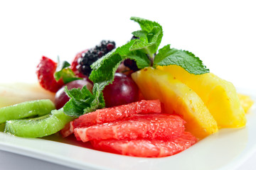 fruits with mint