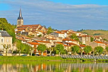 village saint pierre boeuf loire