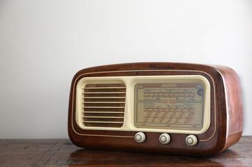 Retro radio (Italian)