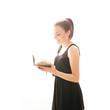 junge Frau mit Tagebuch