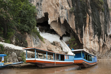 Pak Ou Caves - Typical tourist boat along Mekong river