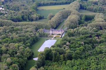 vue aérienne chateau courances