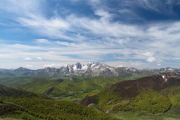 Picos de Mampodre. Parque Regional de los Picos de Europa.