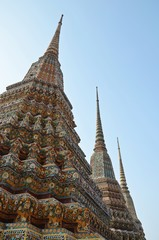 chedi in grand palace in bangkok