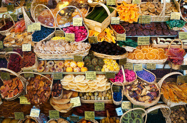 Store dried fruit