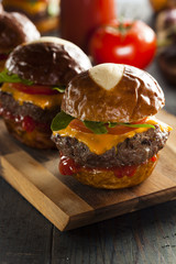Homemade Cheeseburger Sliders with Lettuce