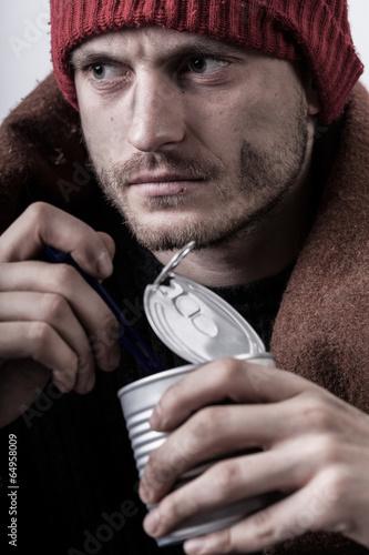 Poor man eating preserve