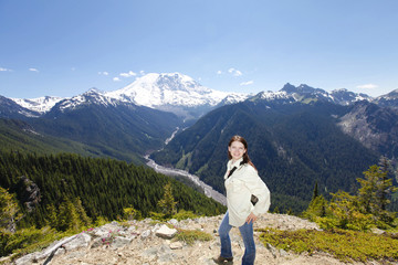 Traveling in Washington. Mt Rainer hiking trail