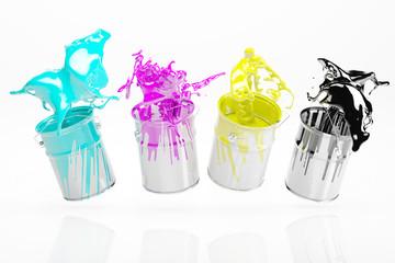 CMYK Farben spritzen aus Eimer
