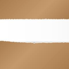 Przerwana brązowa kartka papieru