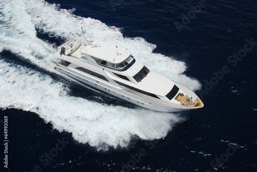Fotobehang Jacht Aerial View of Luxury Yacht at Sea