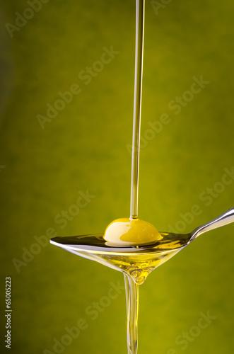 cucciaio con oliva e filo d'olio - 65005223