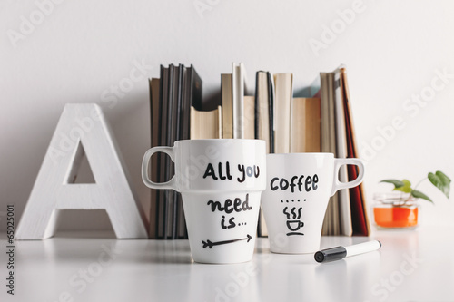 Two white coffee mug with diy decoration. - 65025001