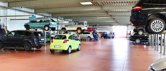 Panorama KFZ Werkstatt // Modern Auto Repair