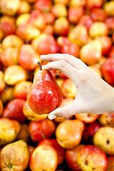Pere fresche al mercato