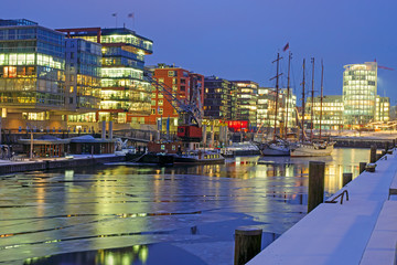 A cold night in the Hafencity in Hamburg