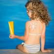 Sunscreen lotion drawing sun