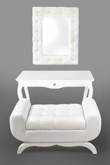 Pufa, lustro, stolik.