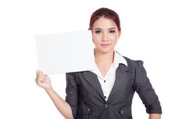 Asian businesswoman show a blank sign with confidence