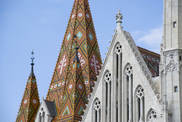 dach einer gotischen kirche - budapest