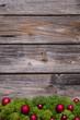 Weihnachtlicher Holz Hintergrund, mit Moss