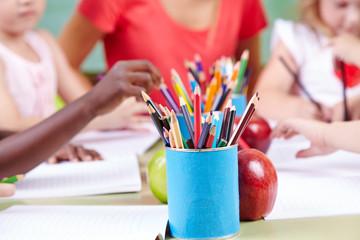 Buntstifte für Kinder zum Malen