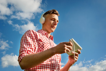 Man listening to music on his MP3 player