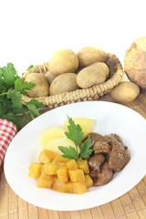 Wildgulasch mit Steckrüben und Kartoffeln