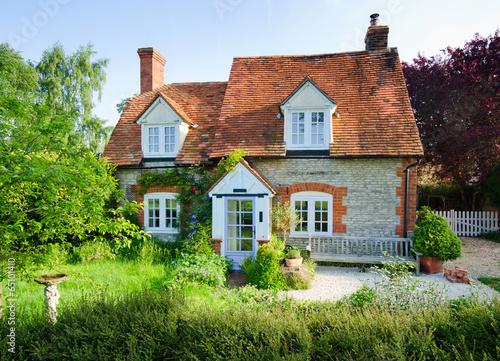 english village house - 65101410