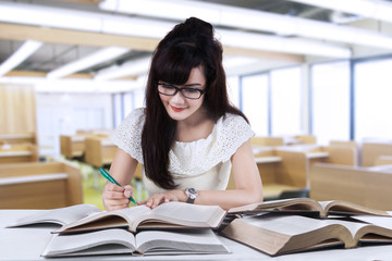 Student studying at reading room