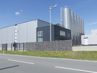 Moderne Kalksandstein Fabrik bei Schloß Holte-Stukenbrock