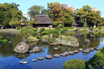 水前寺公園 古今伝授の間と日本庭園