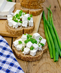 Bread with feta and green onions