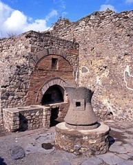 Bakers oven, Pompeii, Italy © Arena Photo UK