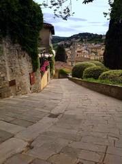 descending from monastery of San Francesco