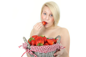 saftige Erdbeeren naschen