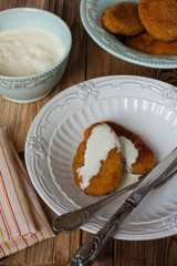 Cutlets from carrots, apples and semolina