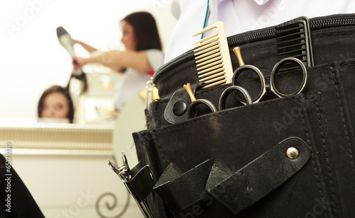equipment tools accessories hairdresser in hair salon - 65171030